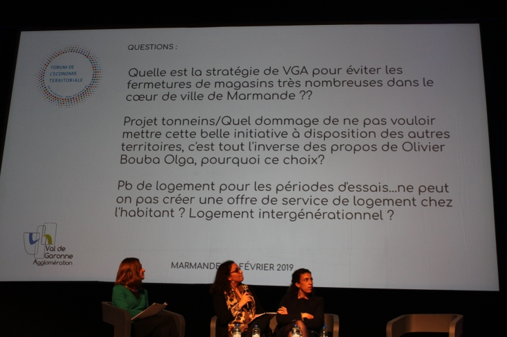 Nadia Chatta répond aux questions posées par la public présent au Forum de l'Economie Territoriale